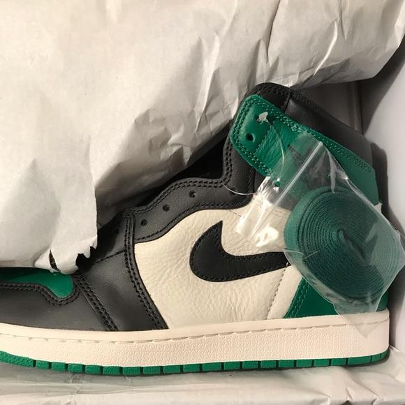 sports shoes d42c8 7ba5b Nike Jordan 1 pine green size 9 US NWT
